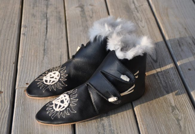 medieval shoes with rabbit fur trim